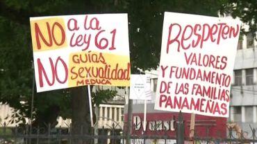 Marchan-proyecto-Ley-educacion-sexual_MEDVID20160713_0053_6